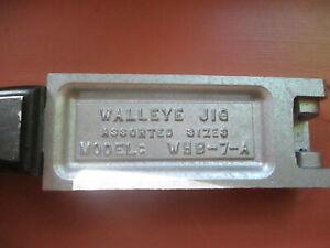 Do-It Walleye Jig Mold  WHB-7-A