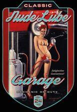 Lube GARAGE PIN UP GIRL Tôle Bouclier Bouclier courbé Tin Sign 20 x 30 cm