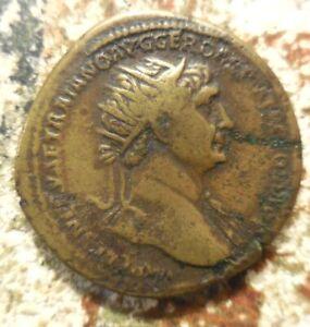 TRAJAN. Dupondius Struck 113 AD. Laureate and draped bust right / DACIA AVGVST,