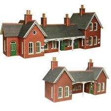 HO Scale Metcalfe Country Station - PO237
