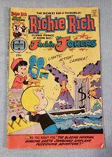 1974 Richie Rich & the Clown Prince of Show Biz! Jackie Jokers July #16 Harvey