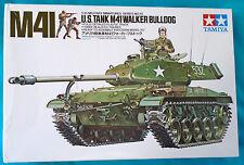 Tamiya 1/35 Scale US M41 Walker Bulldog Tank w/ 3 Action Figures 35055, Opened