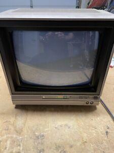 Commodore 64 Color Video Monitor Model 1702 w/ User Manual 1983 Great Condition