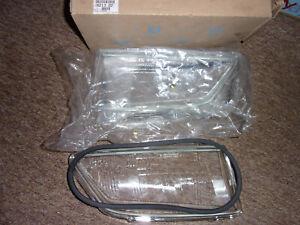 LHD PEUGEOT 306 MK1 HEADLIGHT GLASS SET GENUINE NEW PEUGEOT 821322