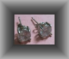 Clear Crystals Classy Yet Simple 925 Sterling Silver Stud Earrings With
