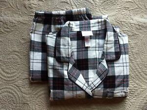 NWOT Wondershop Plaid Long Sleeve Flannel Pajama Set Size M
