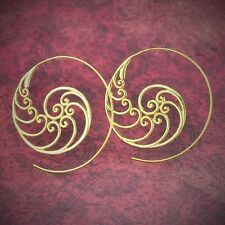 Shell Design Brass Hangers Ear Gauges