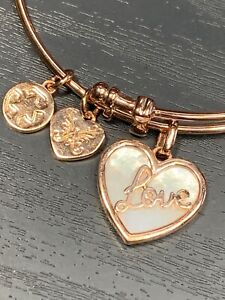 "7.25"" Adjustable Pink Brass Open MOP Shell Heart Charm Angelica Bangle Bracelet"