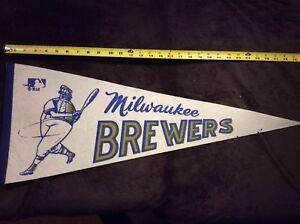 MLB Milwaukee Brewers Vintage 1970's Mascot Logo Baseball Pennant