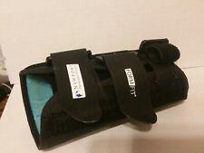 Ossur Brace Right Wrist Thumb Opening - Size Medium - Adjustable - Used in Box