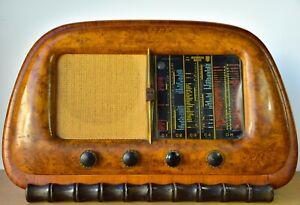 Radio  d'epoca a valvole Minerva 495/3
