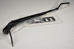 Chevrolet Tahoe Suburban Avalanche LH Windshield Wiper Arm new OEM 22917502