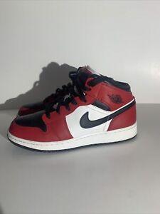 Nike Air Jordan Retro 1 Mid Chicago Black Toe GS Sneaker SZ 7 Youth 554725 069