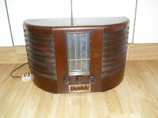 Brown 1940s Radio Collectables