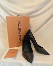 New LOUIS VUITTON Monogram CHERIE Pumps Shoes EURO 39, US 8.5, Black Patent