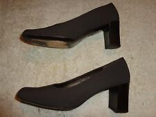 Ann Taylor BROWN SHOES WOMEN'S SIZE 6 1/2 M  (2.5 INCH HEEL)