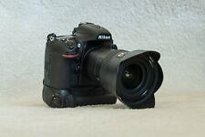 Nikon D800 DSLR + 16-35mm zoom lens + grip