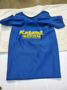 Titan Katana bench shirt (A/S). Size 40.