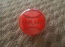 VINTAGE 1970S OAKLAND ATHLETICS   RED BASEBALL GUMBALL PLASTIC KIDS RING.