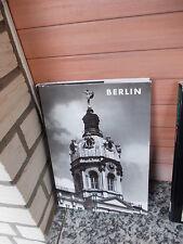 Berlin, von Paul Ortwin Rave, aus dem Deutschen Kunstverlag