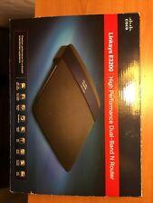 Linksys E3200 300 Mbps 4-Port Gigabit Wireless N Router Complete Original Box