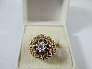 VERY UNUSUAL VINTAGE LON.1973, 9ct GOLD SAPPHIRE & DIAMOND RING UK SIZE J  4.4g