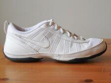 Nike Sideline Cheerleading Shoes White Size 6.5 US Women's