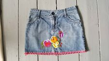 H&M DENIM MINI SKIRT WITH EMBROIDERED. BIRDS. FLOWERS.PINK TASSELS. SIZE 10. EXC