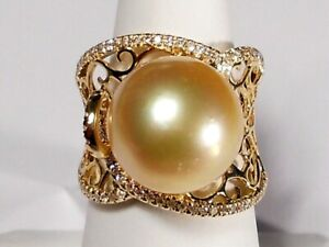 13.3mm golden South Sea pearl ring, diamonds, solid 18k white gold.