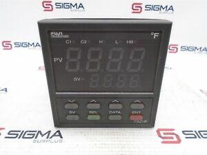 Fuji PXZ9-RCB2-5V Temperature Controller
