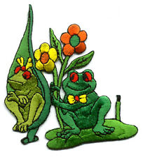 FROGS - LILY PAD - -CUTE FROG COUPLE - EMBROIDERED IRON ON APPLIQUE PATCH