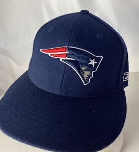 Reebok New England Patriots Hat Cap Wool Fitted NFL Logo Sz 7 1/8 Sewn PATS