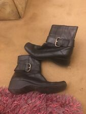 Clarks Ladies Boots Size 5.5