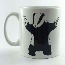 Nouveau avec des pistolets Badger Banksy Mug photo Tasse Cadeau artiste art