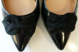 Diana Ferrari Supersoft patent leather kitten heels with suede bows. Size 8.5
