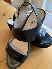 Clarks Narrative Black Leather Wedge Sandals UK 6 / Eu 39.5 / US 8.5 Wide Fit
