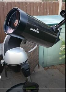 Skywatcher Skymax 127 Maksutov telescope with Synscan AltAz GoTo mount