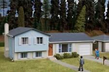 3794 Walthers Cornerstone  Split-Level House Kit HO Scale