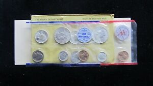 1961 U.S. MINT UNCIRCULATED SET #3 IN OGP - 10 COINS  - MINOR SPOT- SHIPS FREE