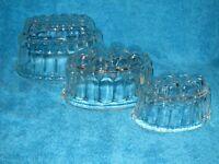 VINTAGE RETRO 3 X BRITISH GLASS JELLY MOULDS 2 PINT 1 PINT 1/2 PINT SIZES VGC