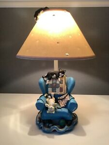 Table Lamp - Cat Nap - Cats on Chair made for Figi Graphics USA 1995
