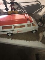 Tonka Mighty Van. Truck  Rescue Ambulance.  Vintage 1970s  With Nurse And Stretc