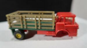 Aurora HO Scale Slot Car Vibrator Mack Trucks Stake Body Red