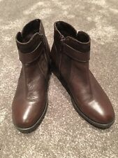 LADIES BROWN LEATHER ANKLE BOOTS BY LOTUS - SIZE UK 5