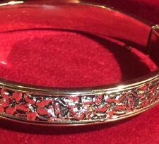 Grandmas Estate HTF Krementz Gold Repousse Forget Me Not Hinged Bangle Bracelet
