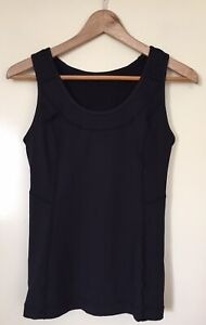 WOMENS 'LULULEMON' Size XS  BLACK PLEATED DETAIL COMPRESSION TAPERED TANK POCKET