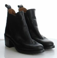03-61 MSRP $398 Women's Size 9 Frye Sabrina Black Leather Chelsea Booties