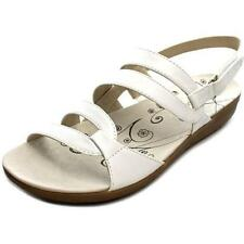 Sandali e scarpe bianche Bare Traps per il mare da donna