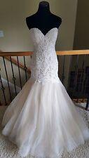 NWT! $1100 Essense of Australia D2092 Ivory Champagne Wedding Dress Size 12