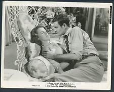 LINDA HUTCHINGS LOUIS JOURDAN in The Best Of Everything '59 ROMANTIC